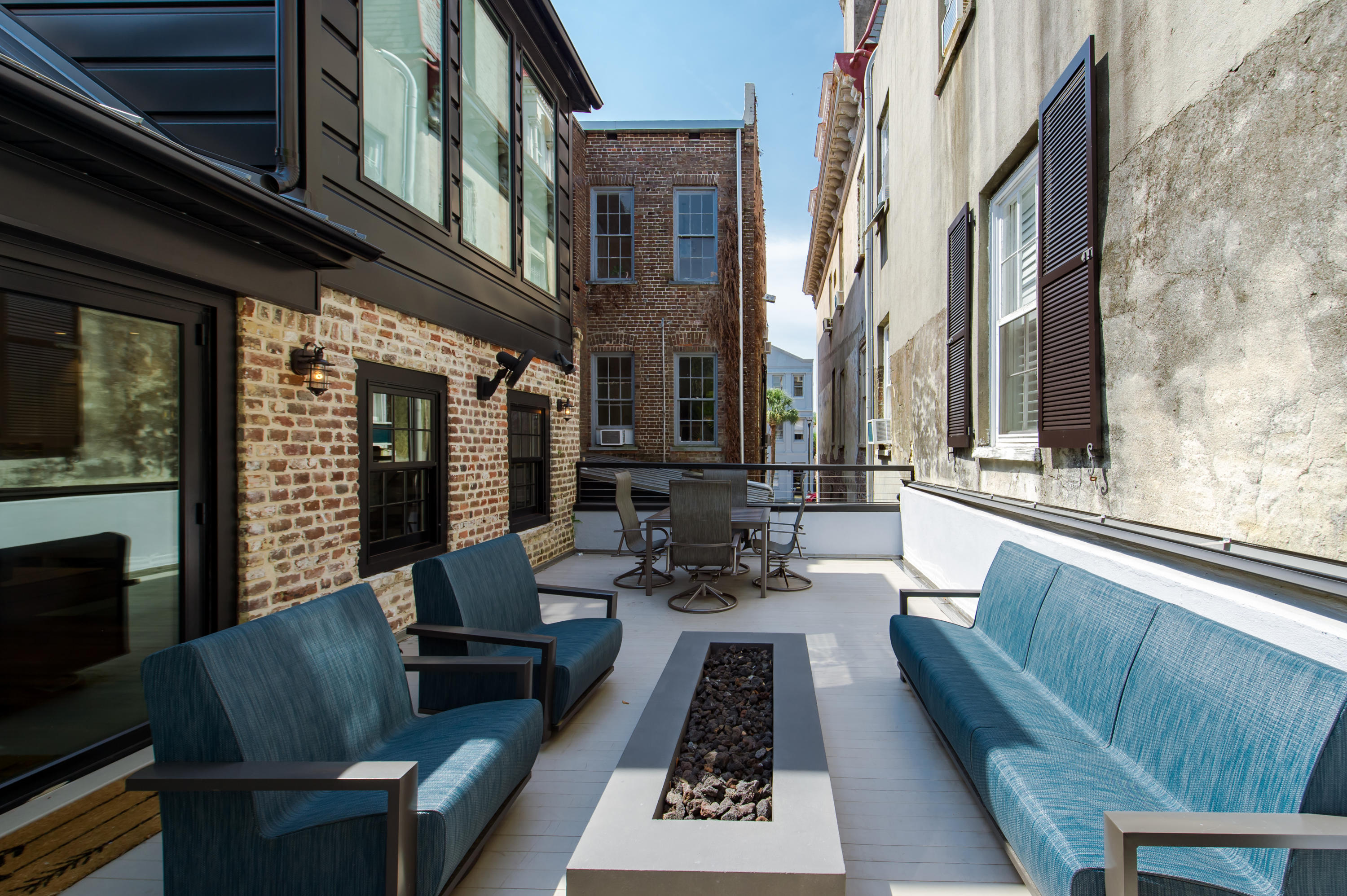 58 1/2 Broad Street Charleston, SC 29401