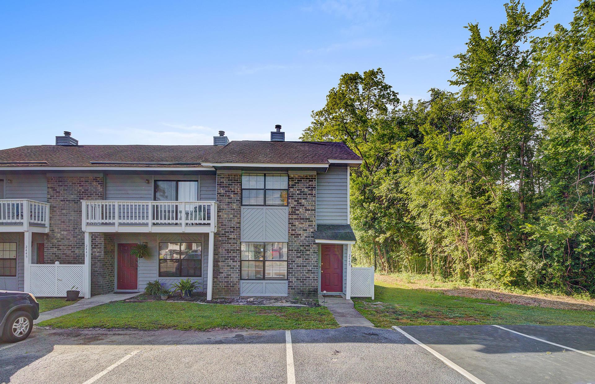 2449 Woodstock Avenue North Charleston, SC 29406