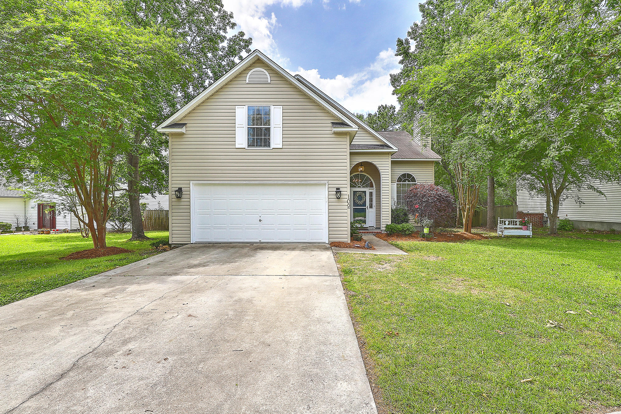 102 Adthan Circle Goose Creek, SC 29445