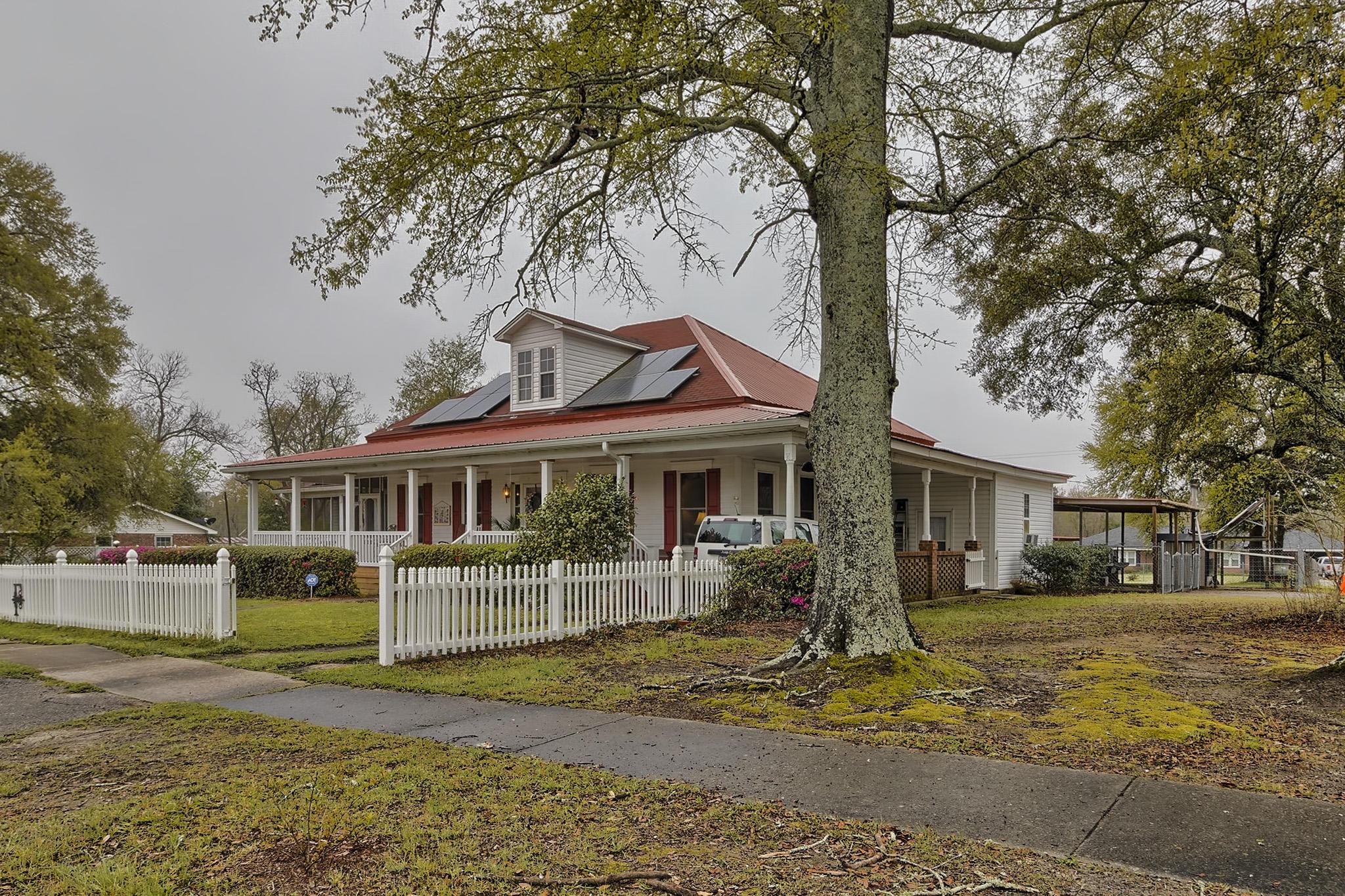 204 Westside Rd Livingston, SC 29107