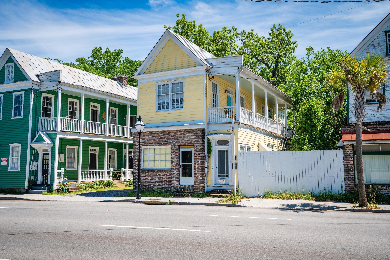 201 Spring Street Charleston, SC 29403
