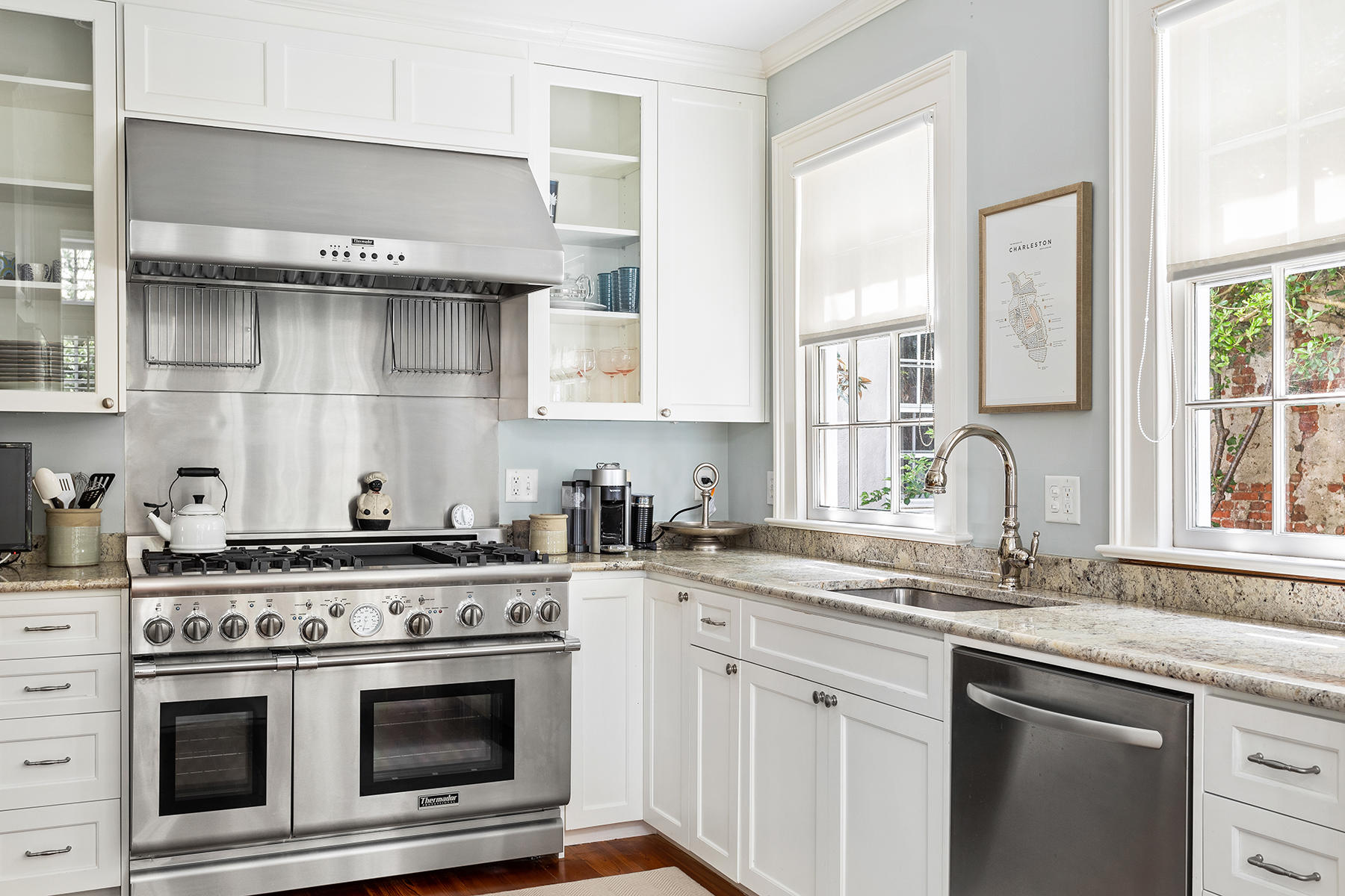 South of Broad Homes For Sale - 3 Atlantic, Charleston, SC - 2