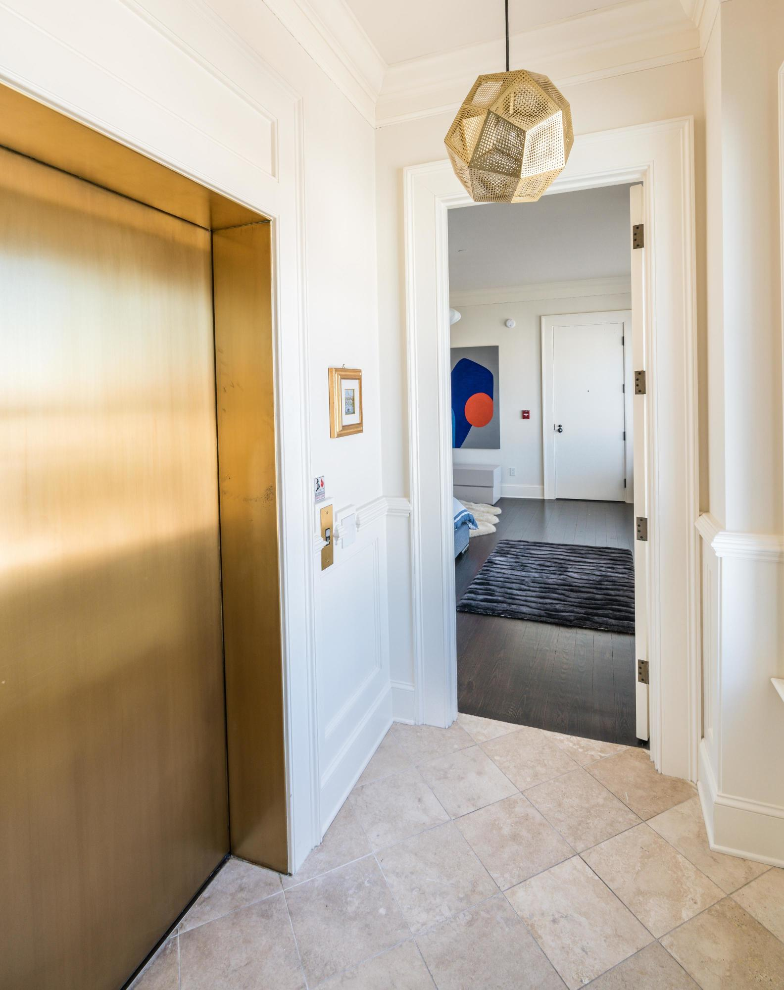 One Vendue Range Homes For Sale - 36 Prioleau, Charleston, SC - 14