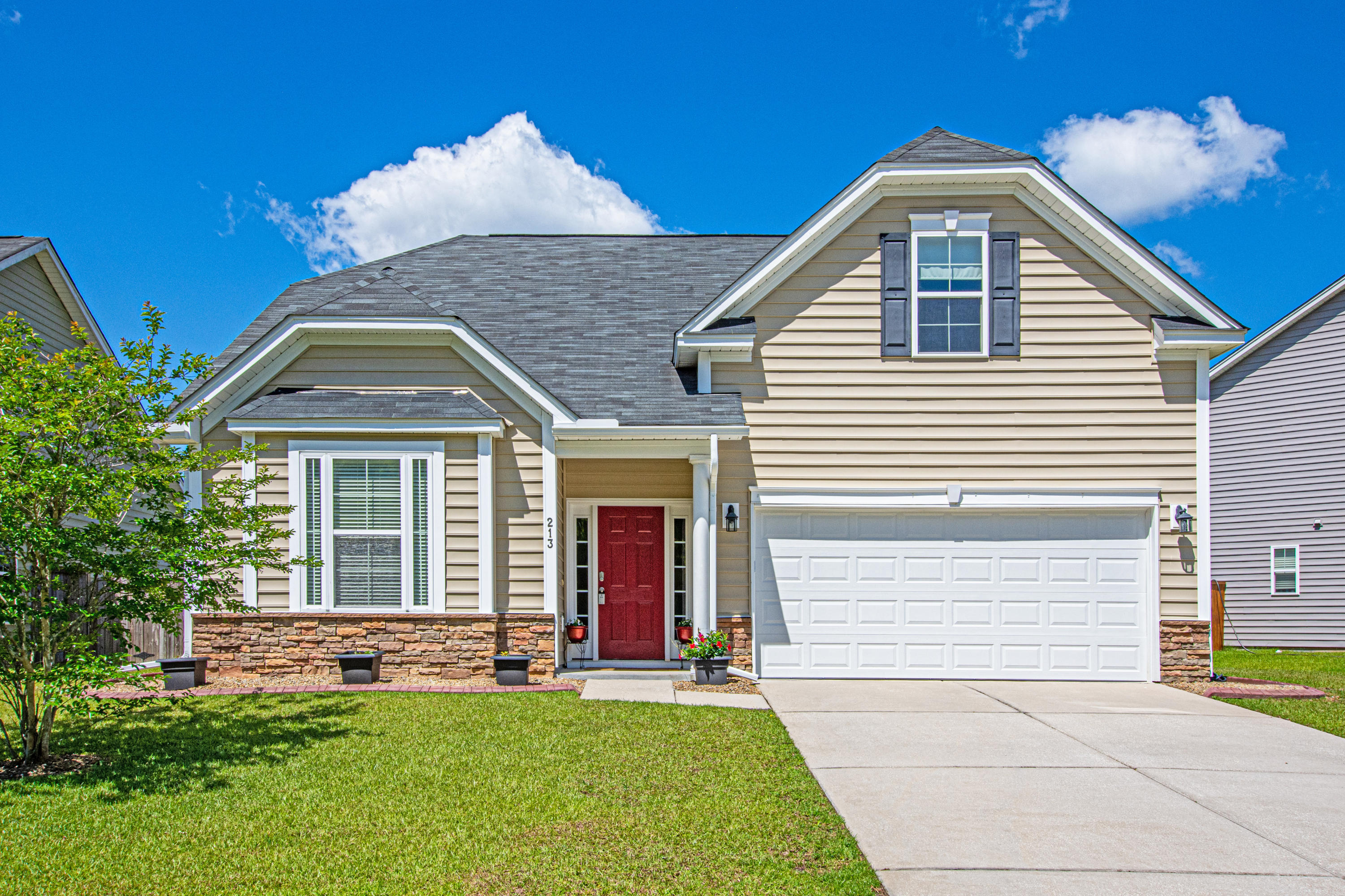 213 Donatella Drive Goose Creek, Sc 29445
