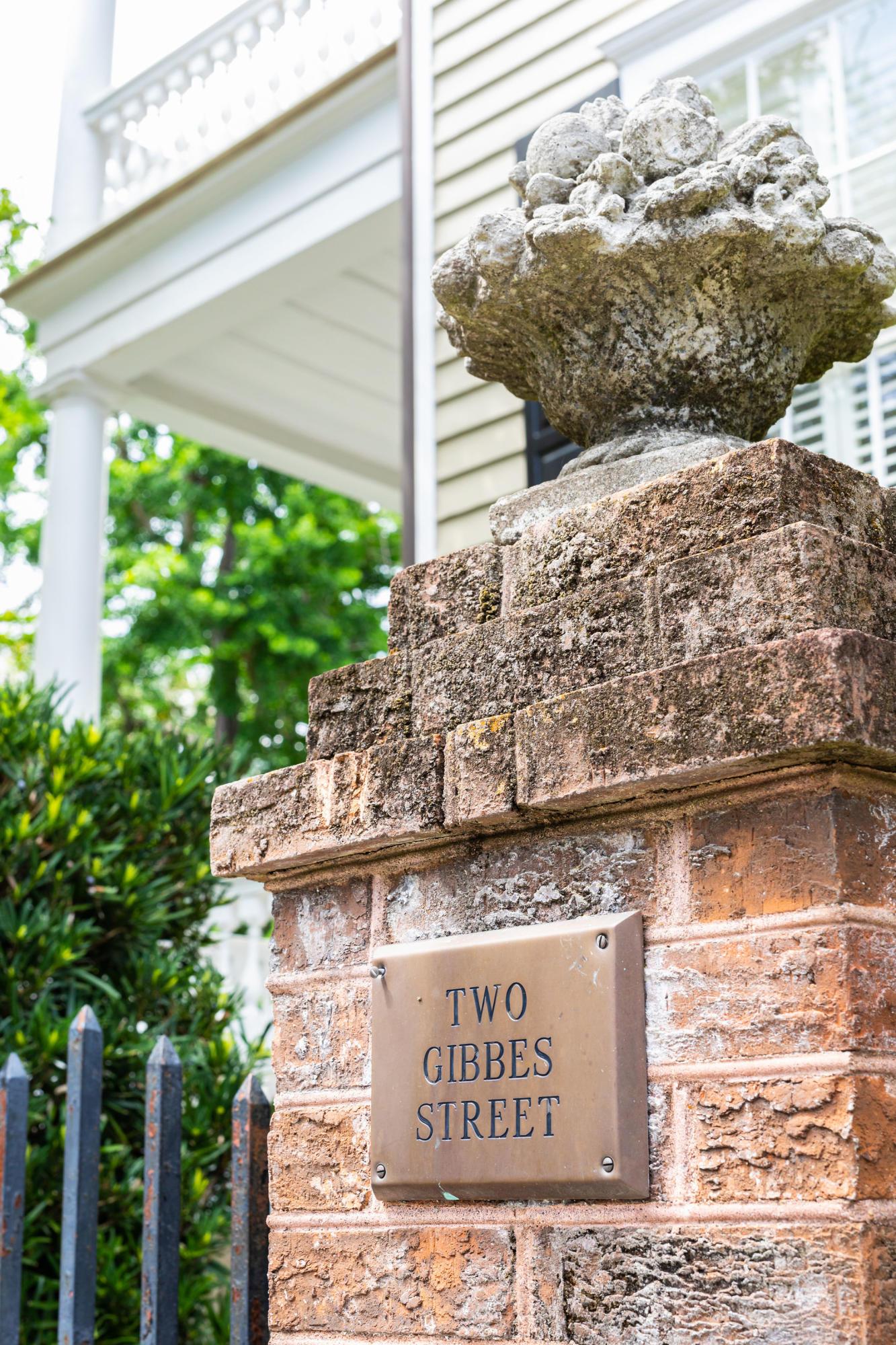 2 Gibbes Street Charleston, SC 29401