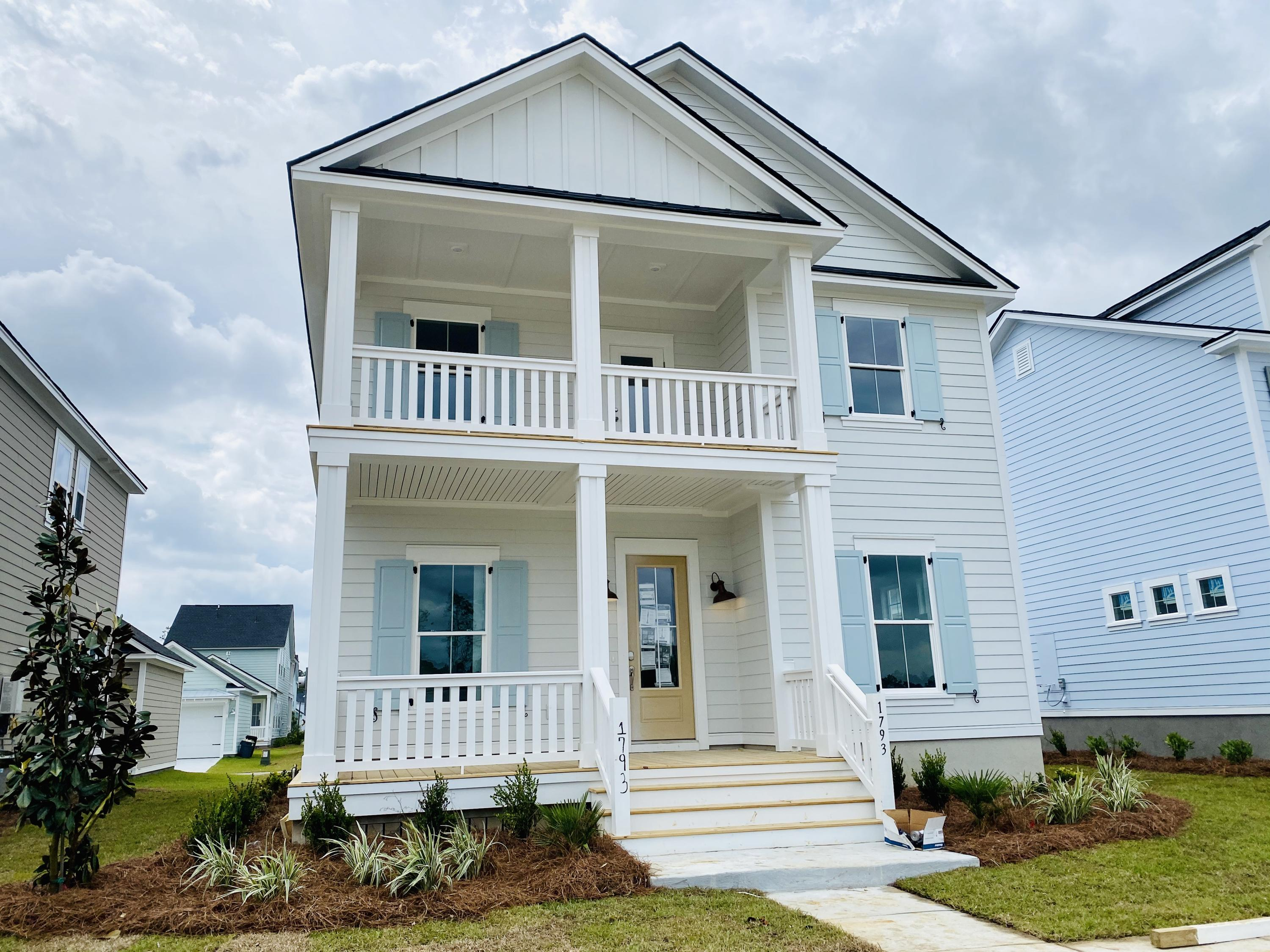 1793 Sandy Brook Drive Mount Pleasant, SC 29466