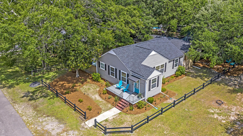 4702 Brookside Drive North Charleston, SC 29405