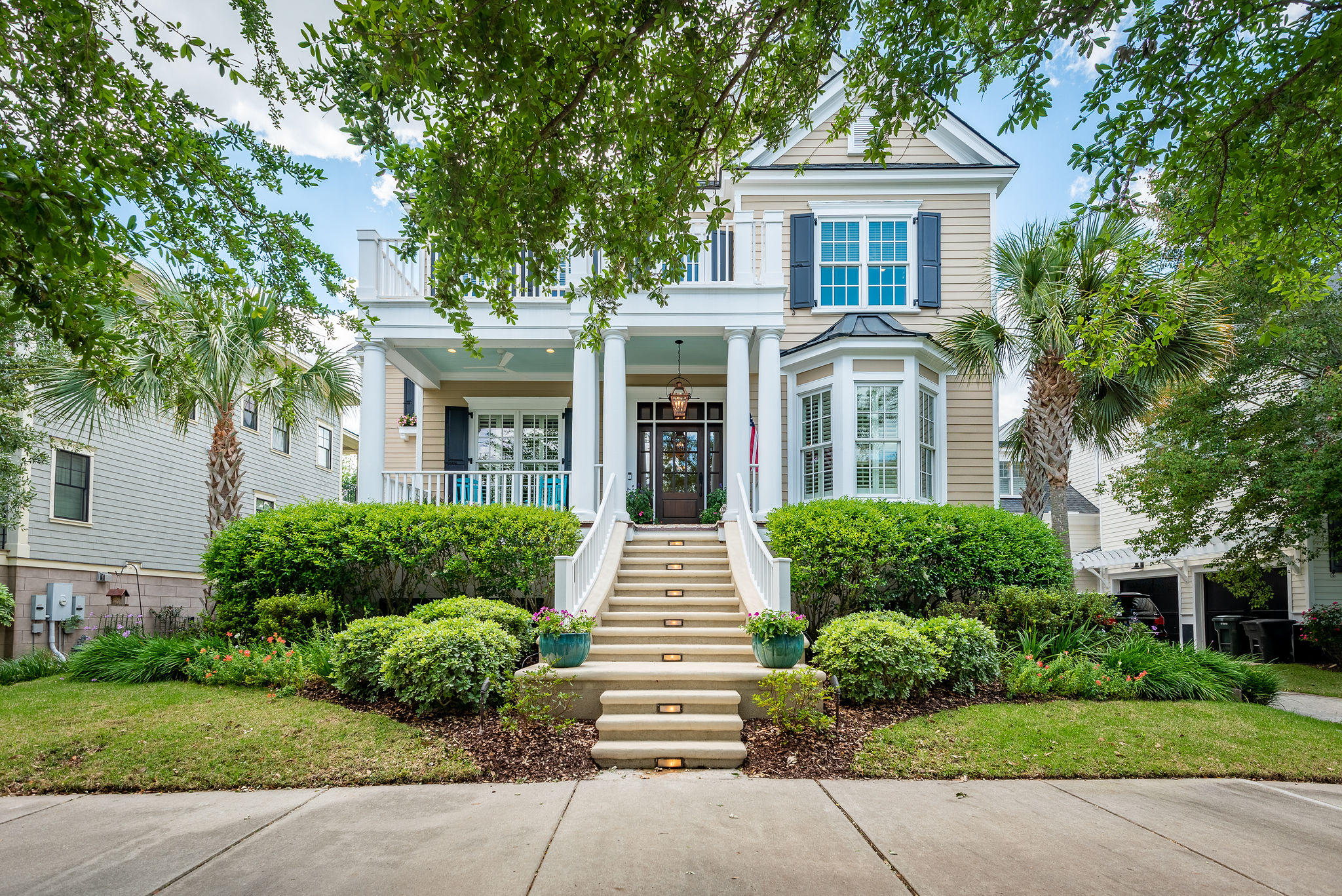 1746 Pierce Street Charleston, SC 29492