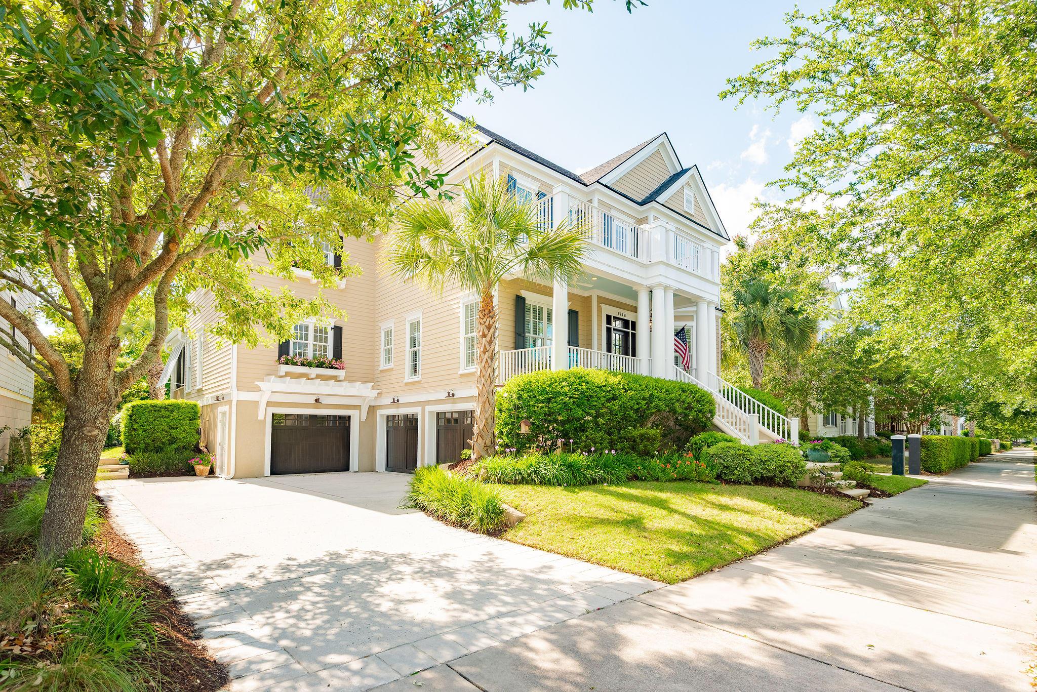 1746 Pierce Street Charleston, SC 29492