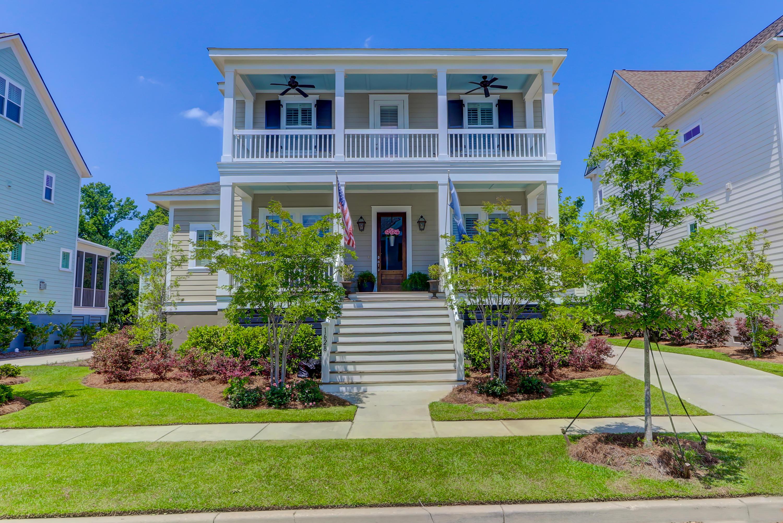 1628 Oak Leaf Street Daniel Island, SC 29492