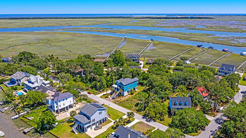 Lighthouse Point Homes For Sale - 575 Lynne, Charleston, SC - 3