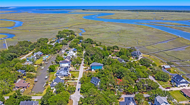 Lighthouse Point Homes For Sale - 575 Lynne, Charleston, SC - 5