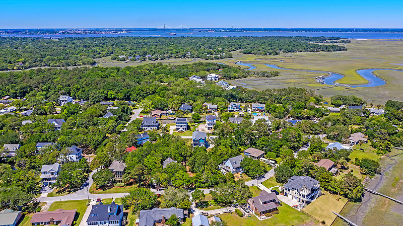 Lighthouse Point Homes For Sale - 575 Lynne, Charleston, SC - 7