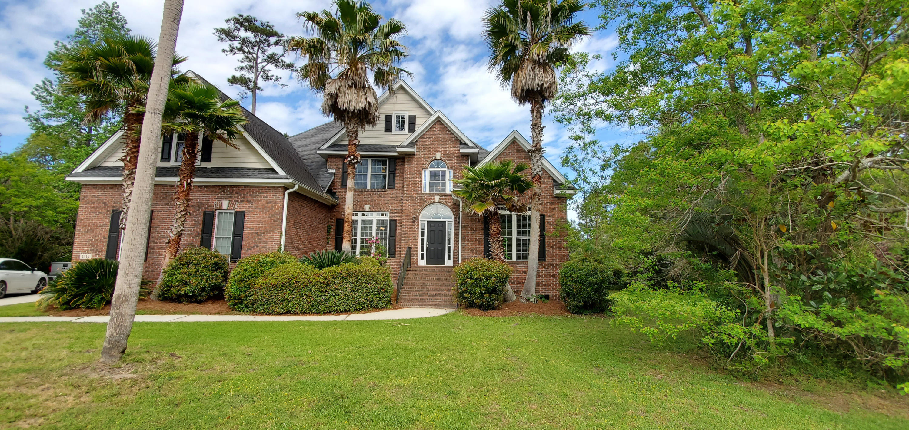 1317 McLeans Court Mount Pleasant, SC 29466