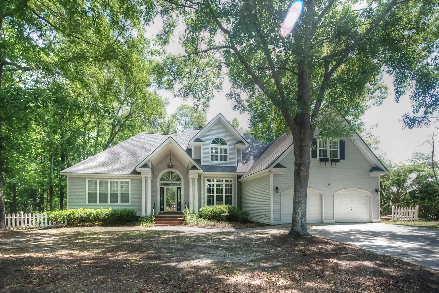 8645 Arthur Hills Circle North Charleston, SC 29420