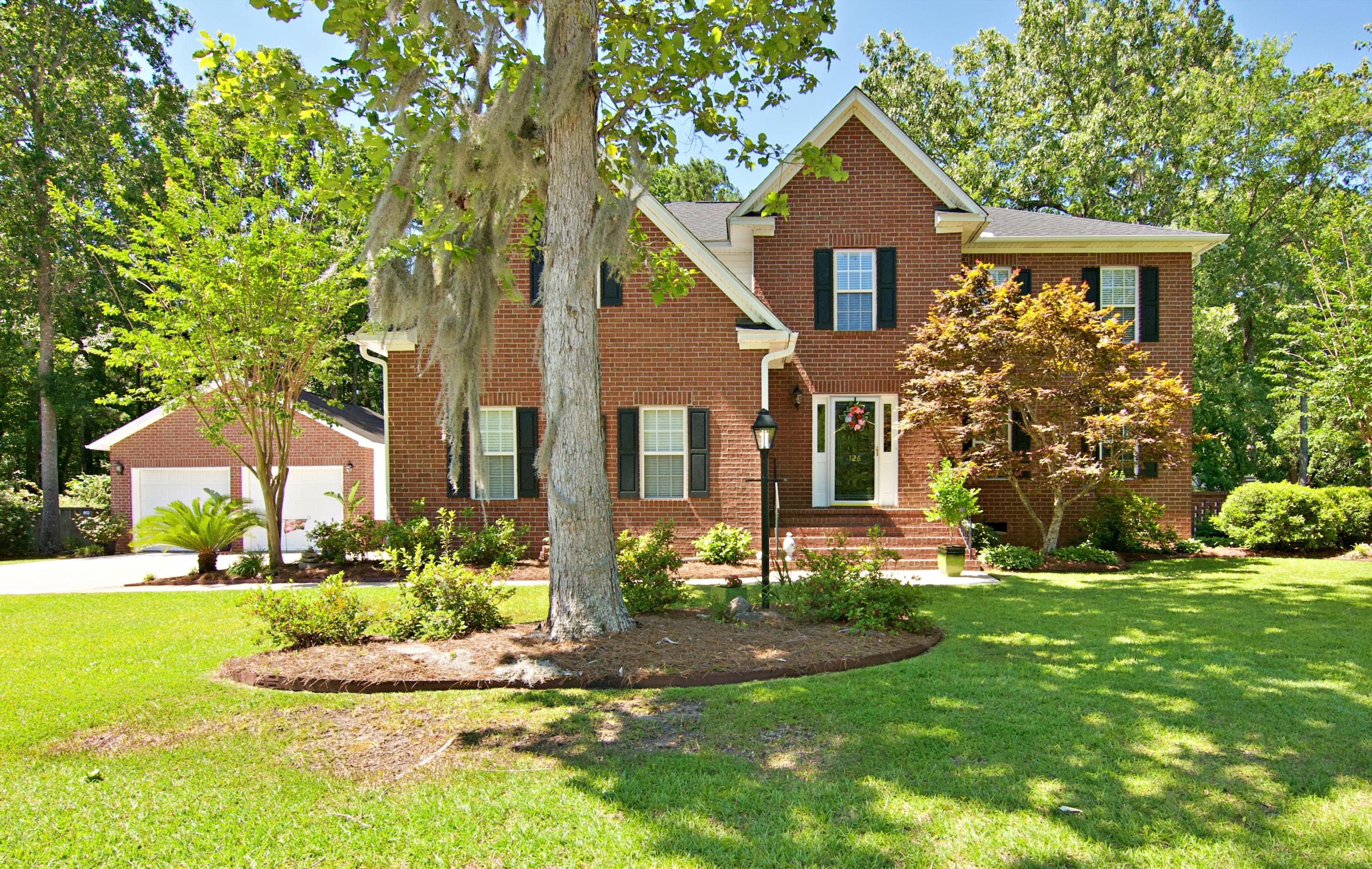 126 Haleswood Circle Goose Creek, SC 29445