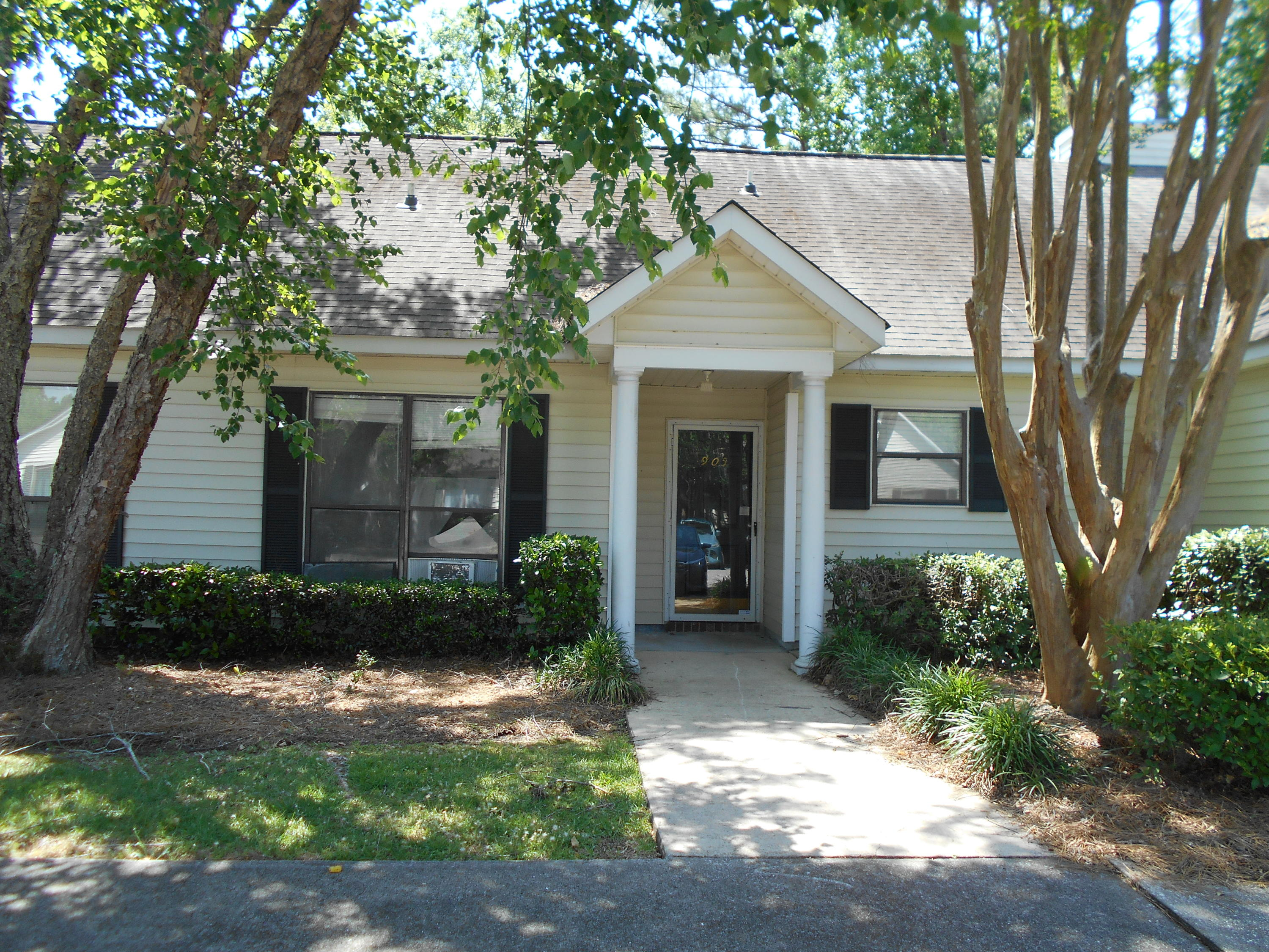 905 E Estates Boulevard UNIT C Charleston, SC 29414