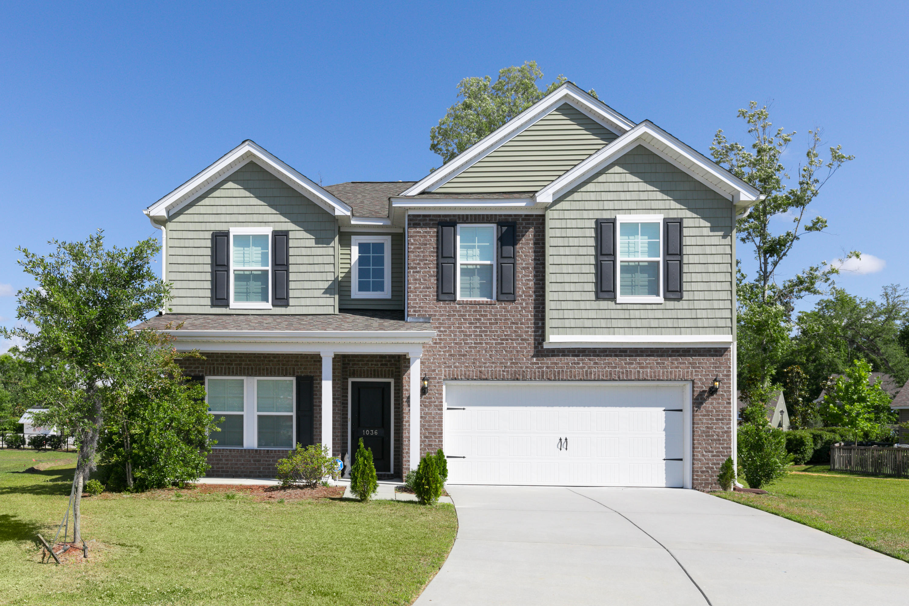 1036 Banker Court Mount Pleasant, SC 29429