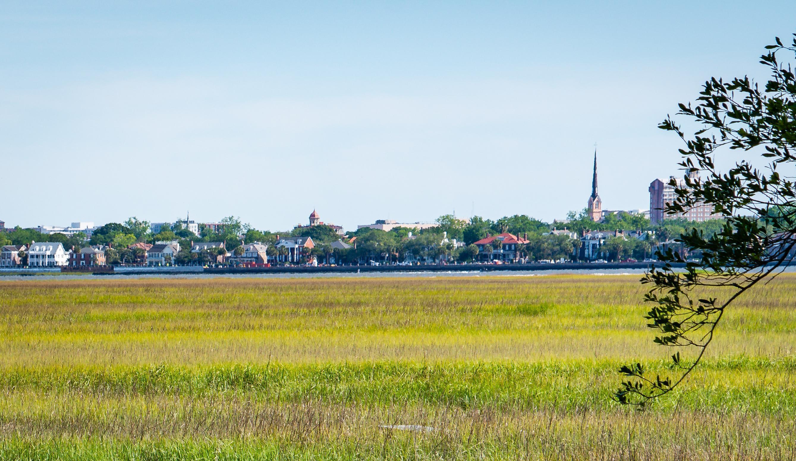 641 Fort Sumter Drive Charleston, SC 29412