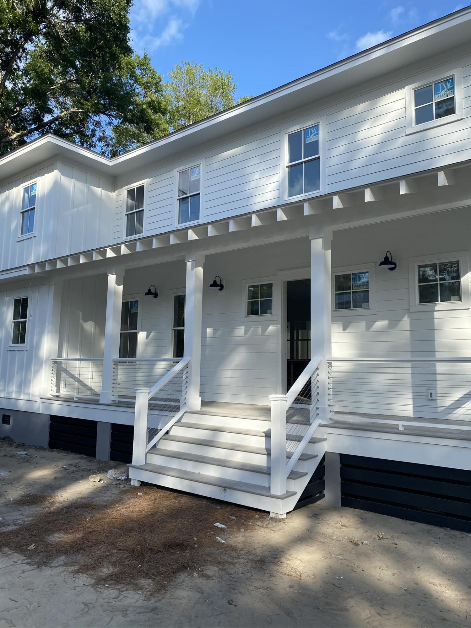 733 Atlantic Street Mount Pleasant, SC 29464