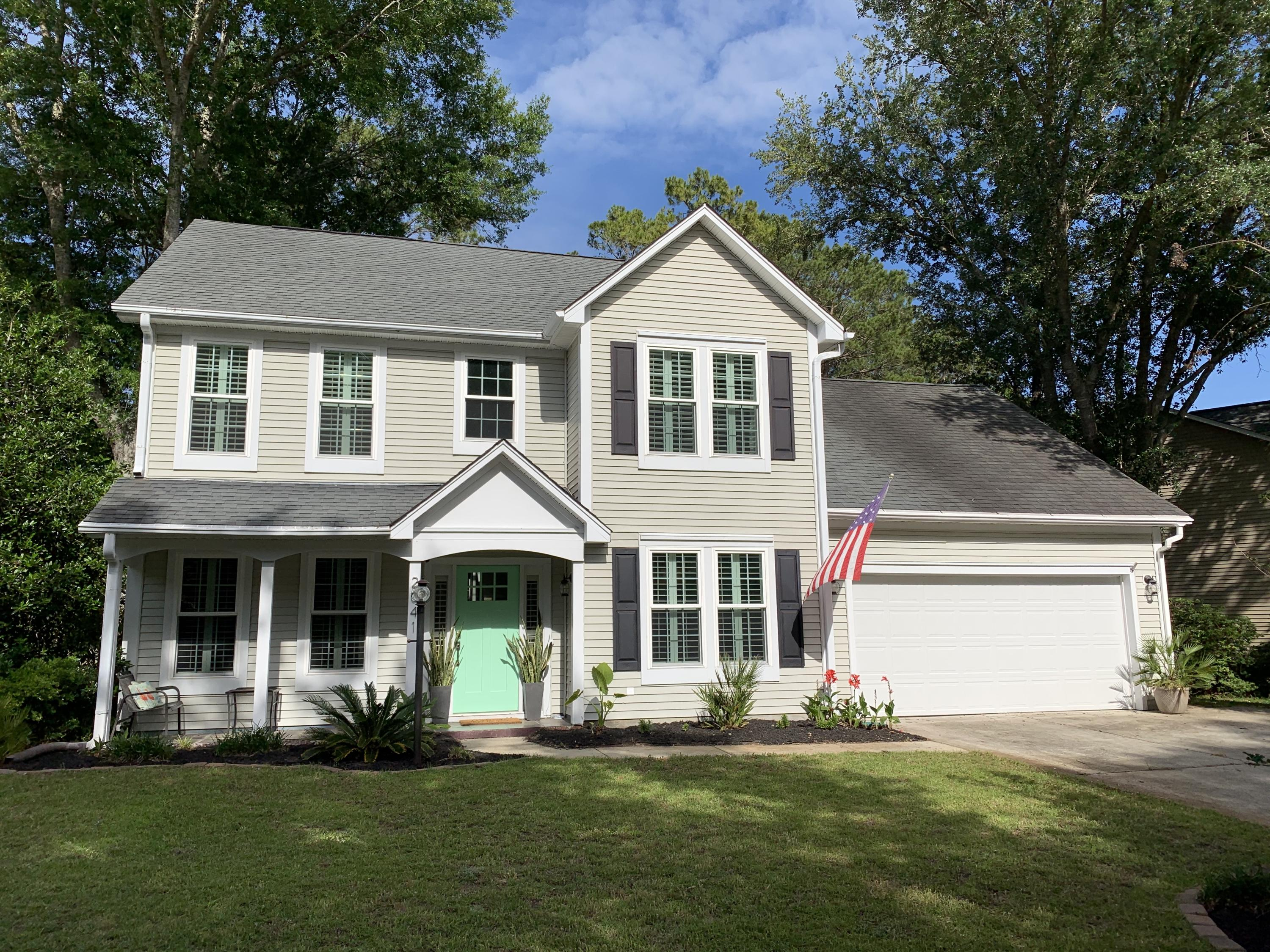 2041 Country Manor Drive Mount Pleasant, SC 29466