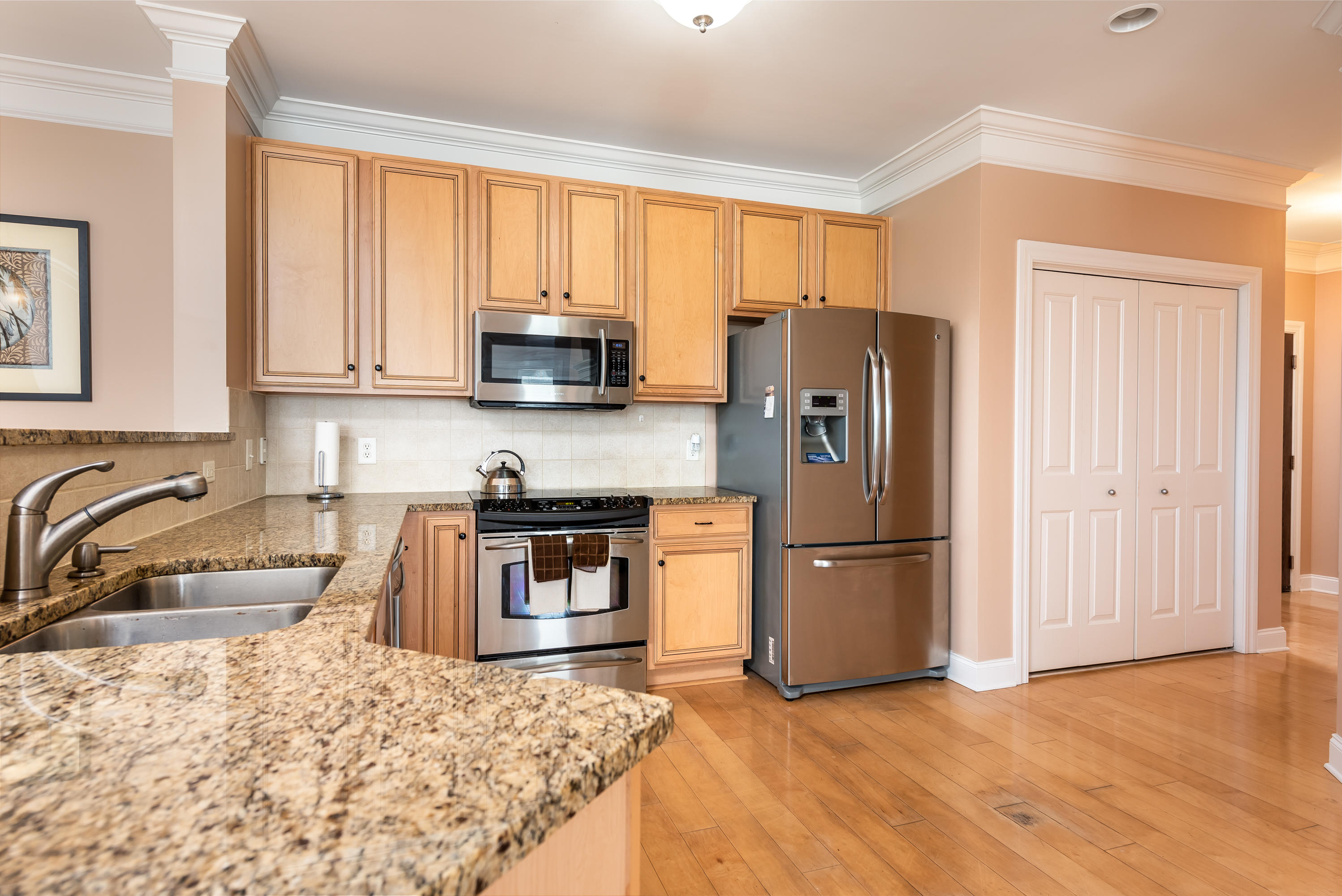2244 Ashley Crossing Drive UNIT 1232 Charleston, SC 29414