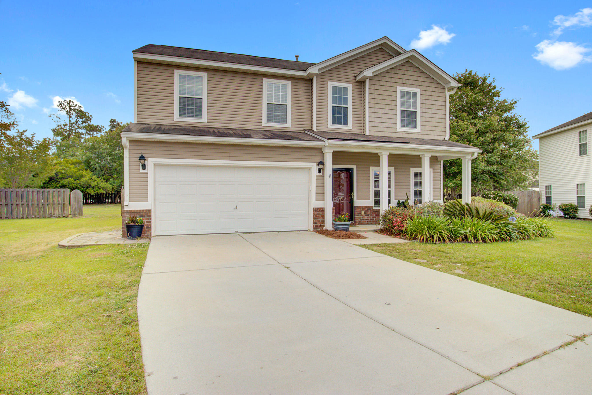 1408 Red Knot Court Hanahan, SC 29410