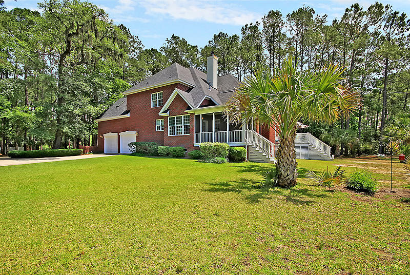 3004 Pignatelli Crescent Mount Pleasant, SC 29466