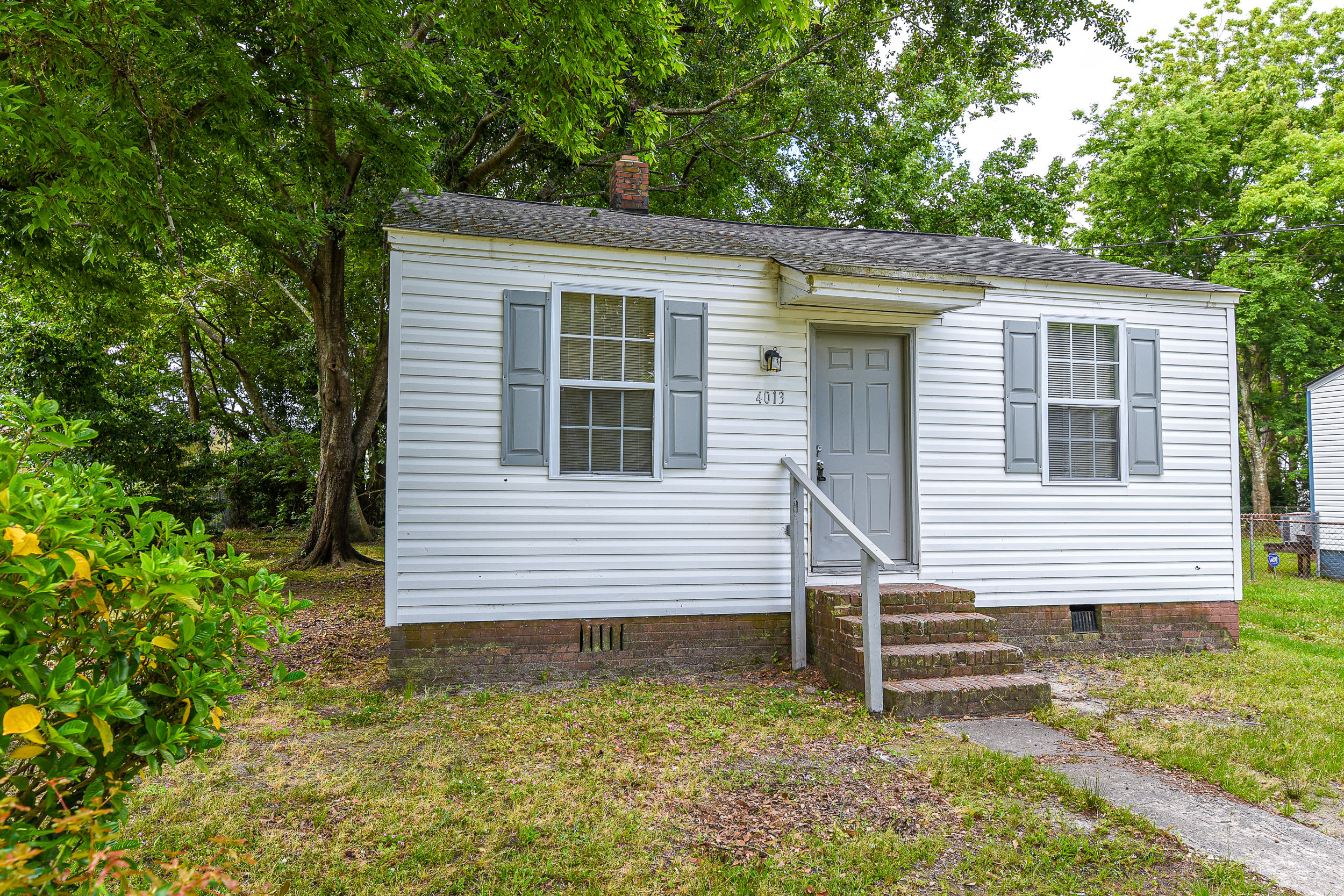4013 Niagara Street North Charleston, SC 29405