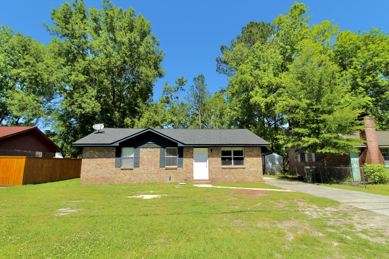 568 Orangeburg Road Summerville, SC 29483