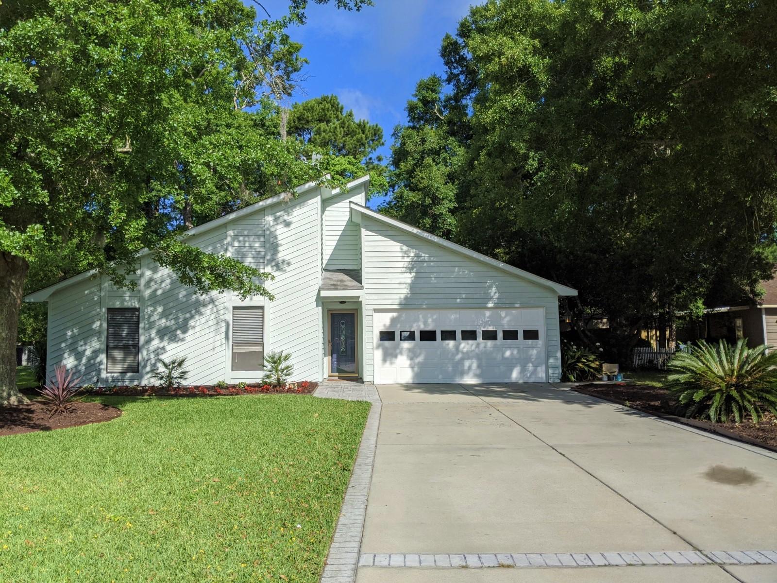 2128 Forest Lakes Boulevard Charleston, SC 29414