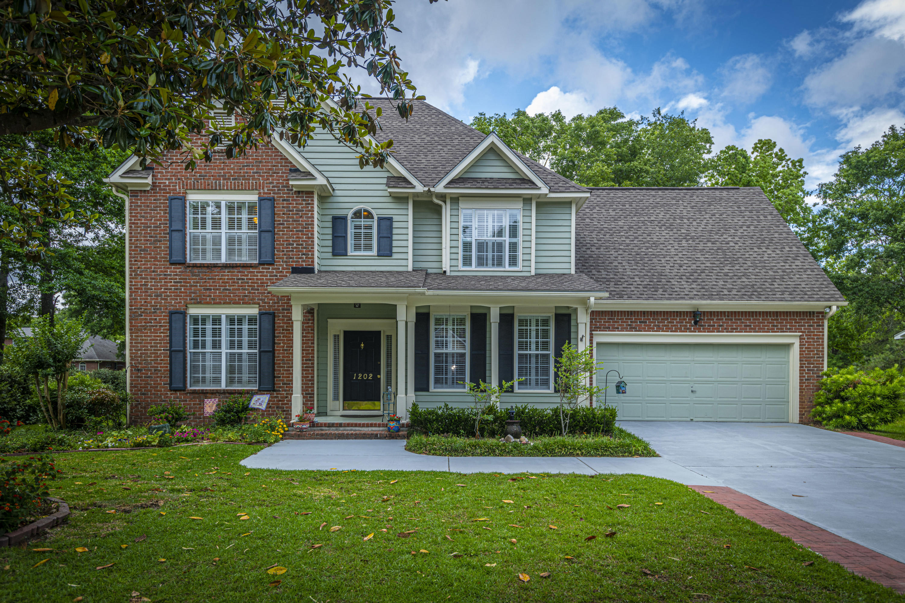 1202 Old Ivy Way Mount Pleasant, SC 29466