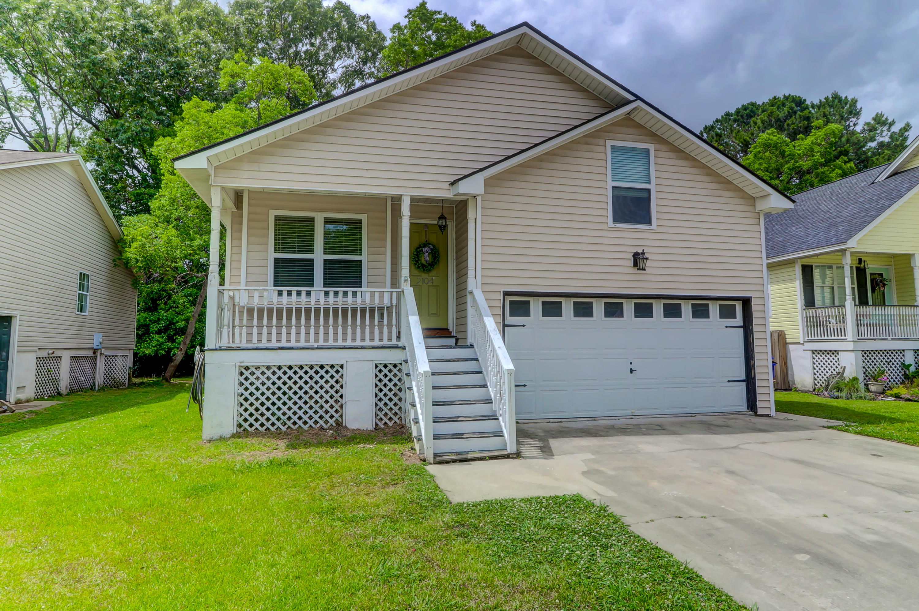 2104 Razorback Lane Charleston, Sc 29414