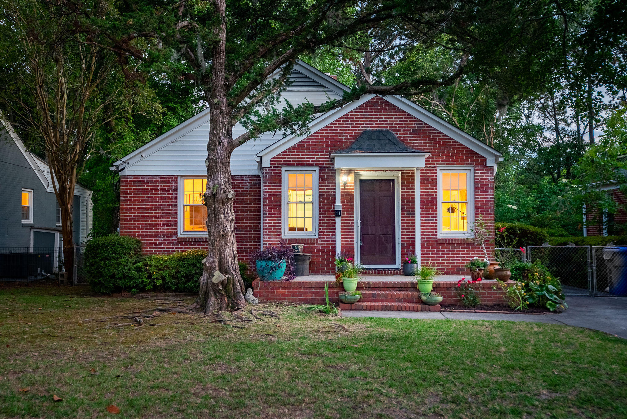 11 Lyttleton Avenue Charleston, SC 29407