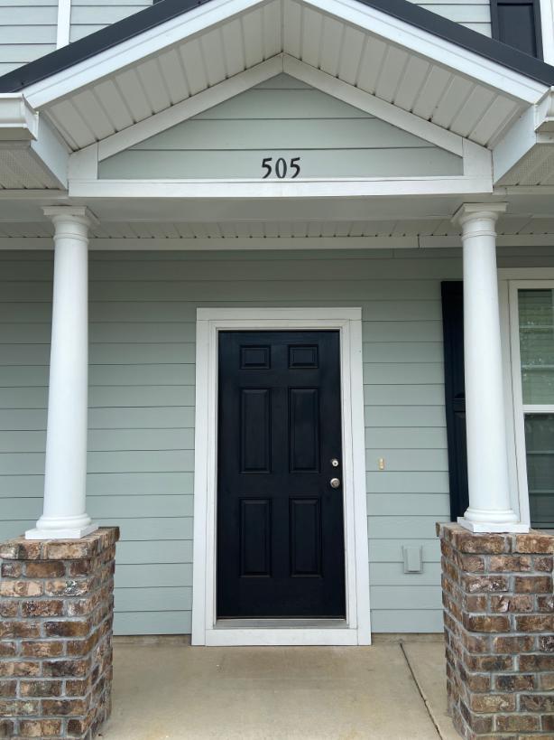 505 Hemingway Circle Summerville, SC 29483