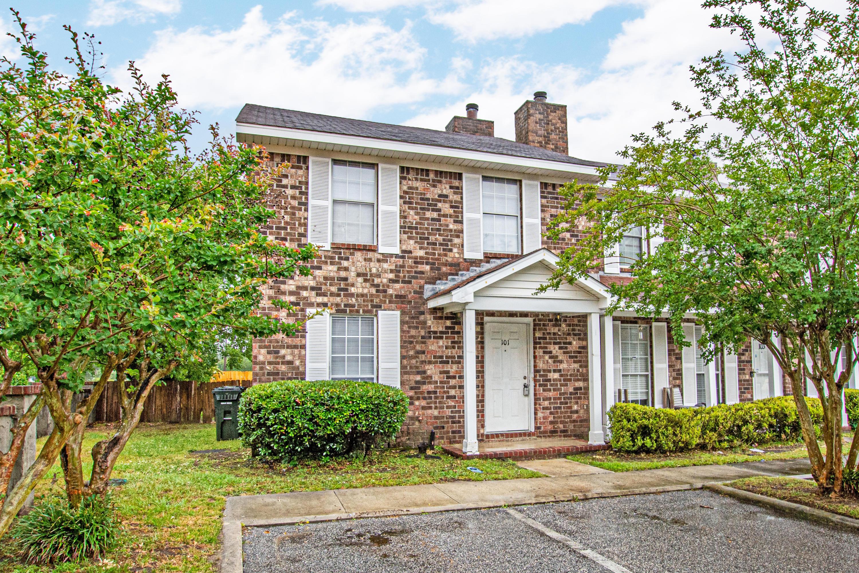 101 Sandlewood Drive Summerville, SC 29483