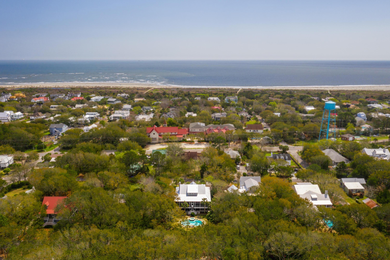 2514 Myrtle Avenue Sullivans Island, SC 29482