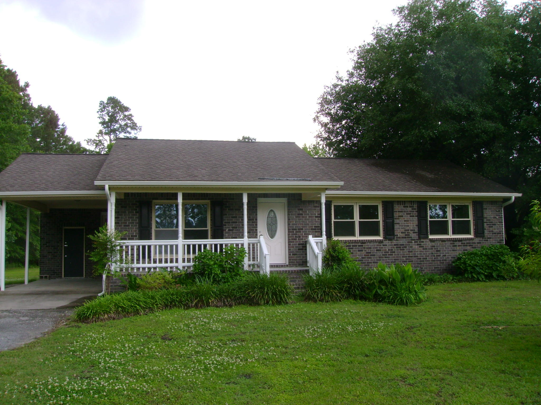 136 Mini Farm Road Bonneau, SC 29431