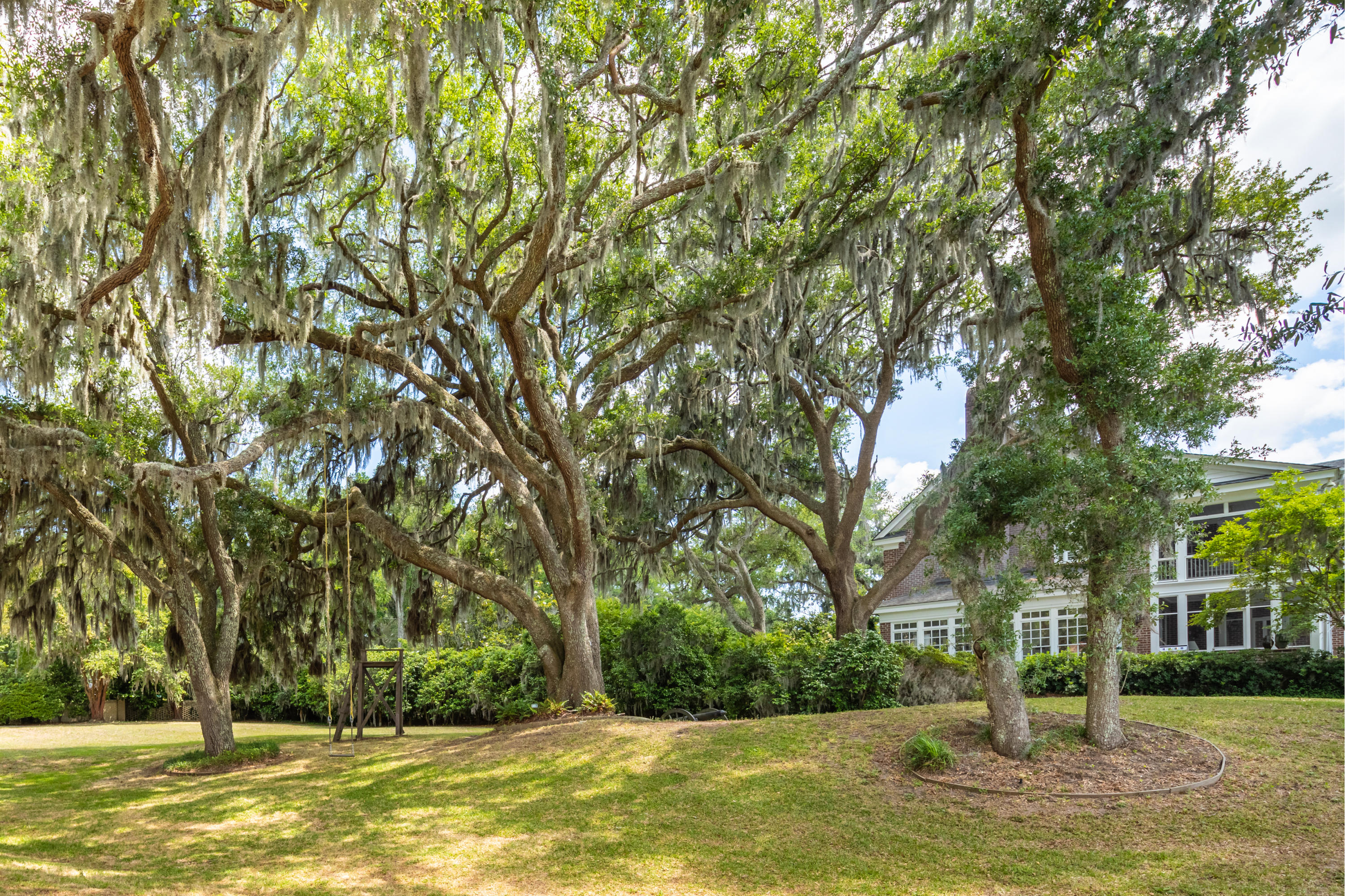 Riverland Terrace Homes For Sale - 207 Stono, Charleston, SC - 12