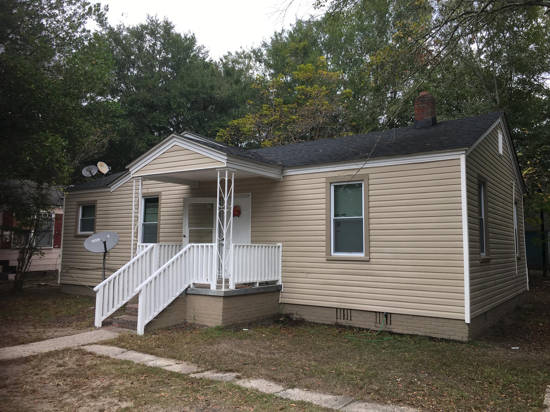 2706 Saratoga Road North Charleston, SC 29405