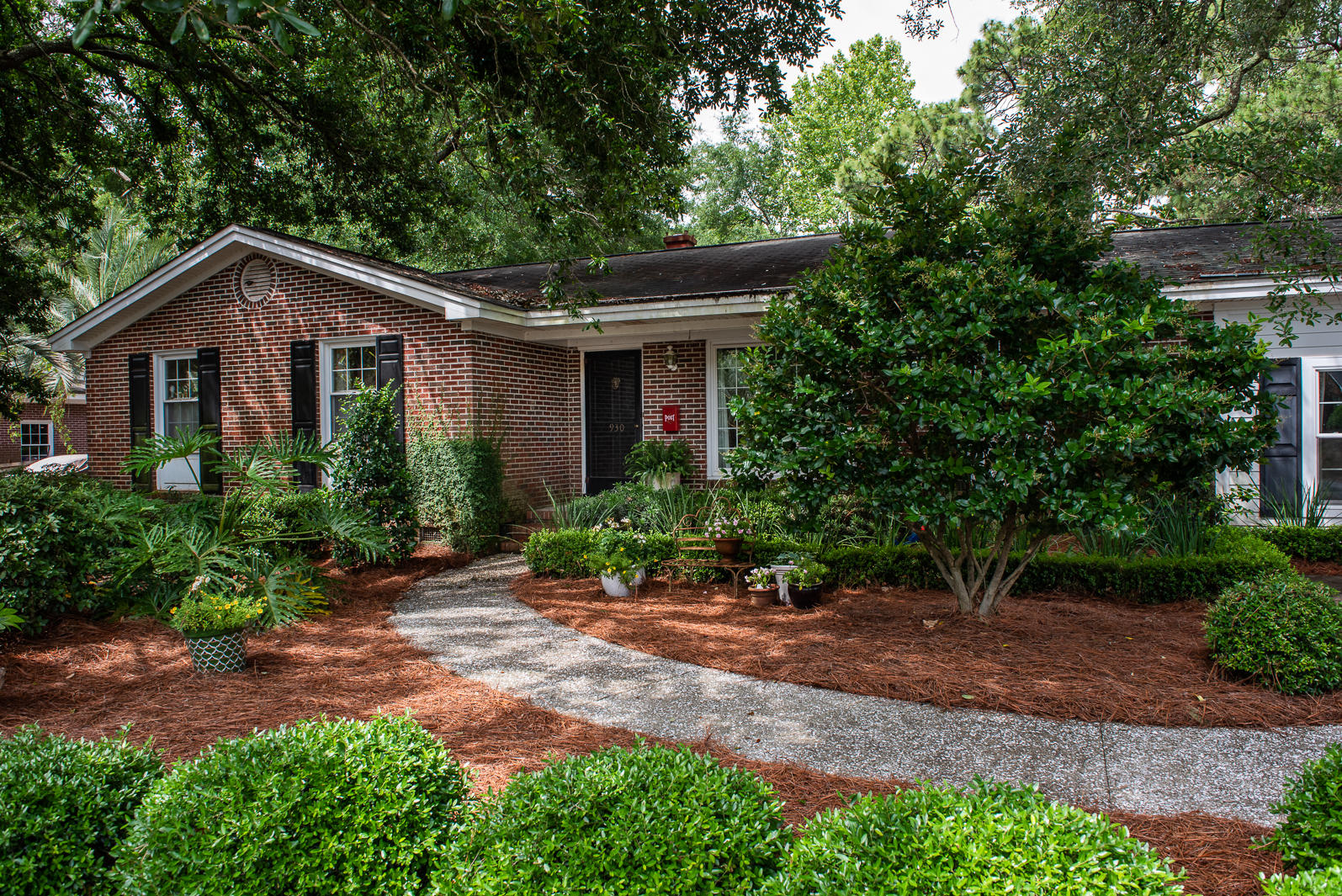 930 Cliffwood Drive Mount Pleasant, SC 29464