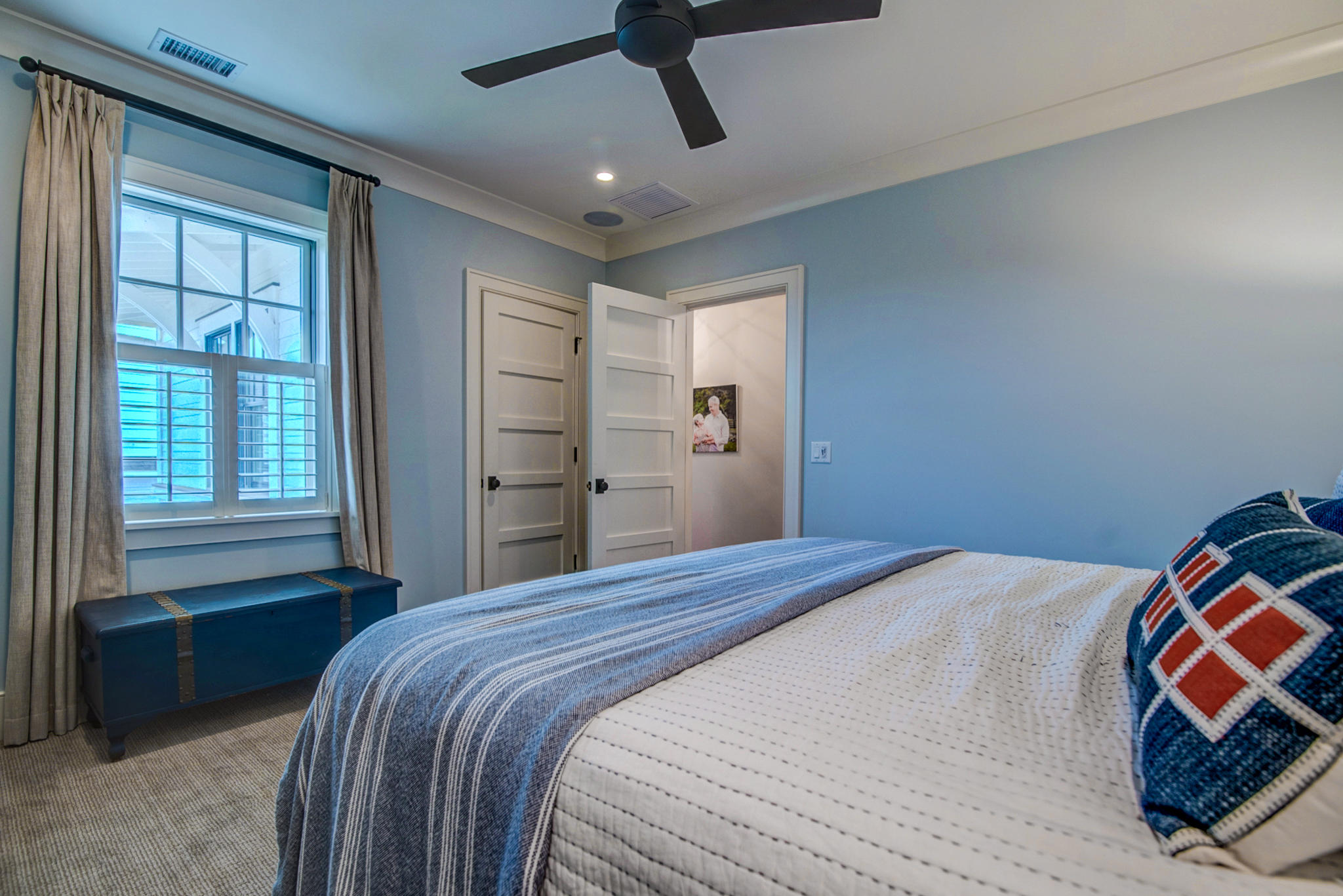 1718 Pierce Street Charleston, SC 29492