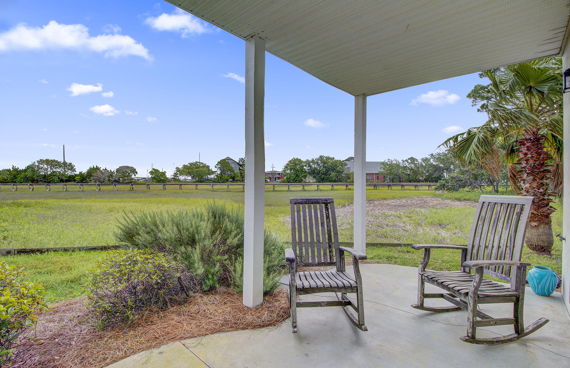 Waters Edge Homes For Sale - 80 2nd, Folly Beach, SC - 19