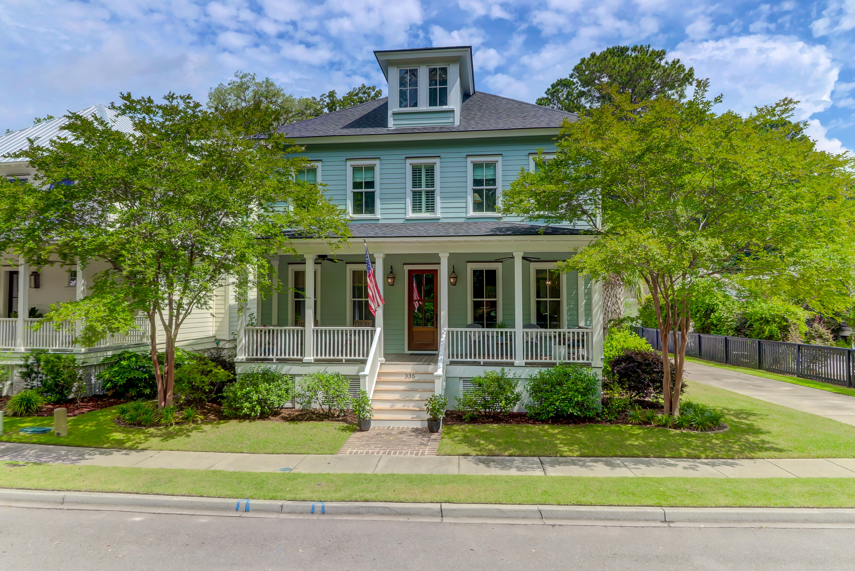 335 Bridgetown Pass Mount Pleasant, SC 29464