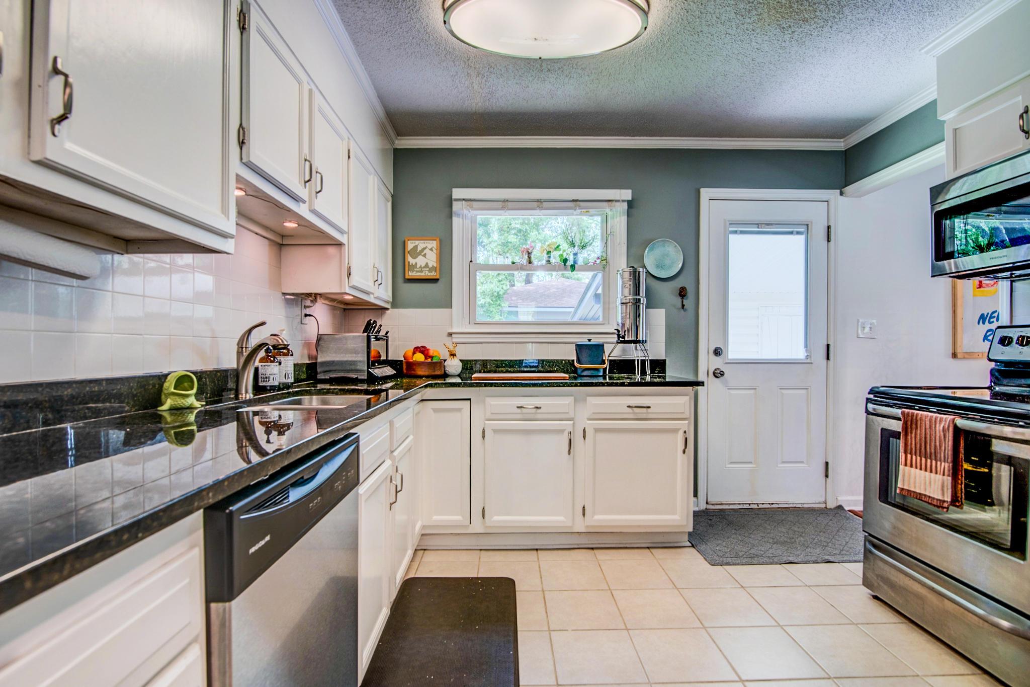 Oakland Homes For Sale - 2131 Clayton, Charleston, SC - 29