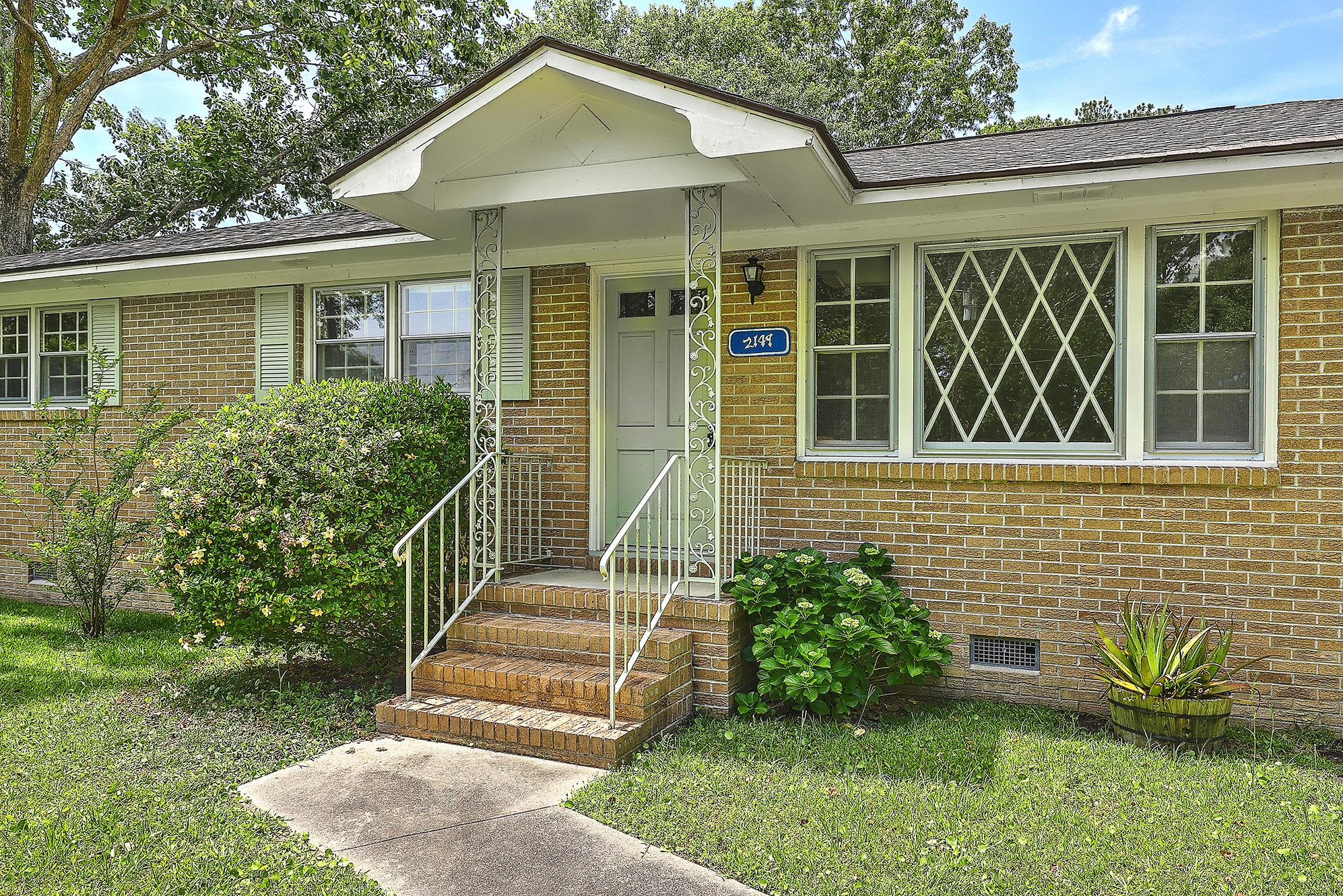 2149 Wood Avenue Charleston, SC 29414