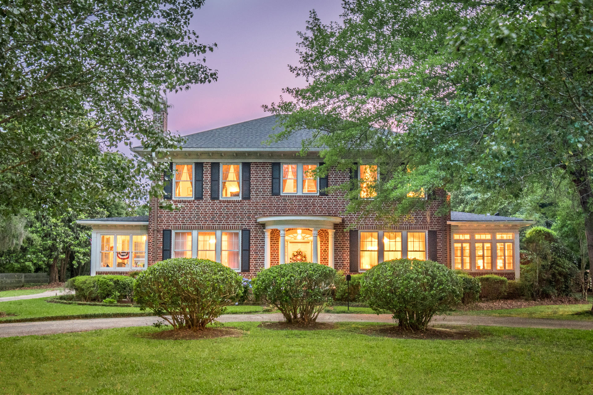 8434 Old State Road Holly Hill, SC 29059