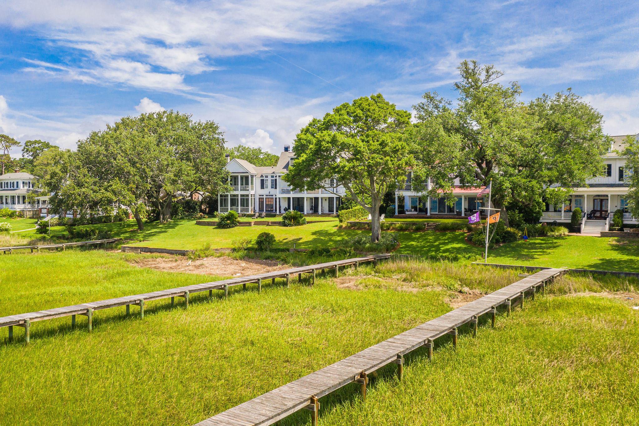 Old Village Homes For Sale - 202 Bank, Mount Pleasant, SC - 46