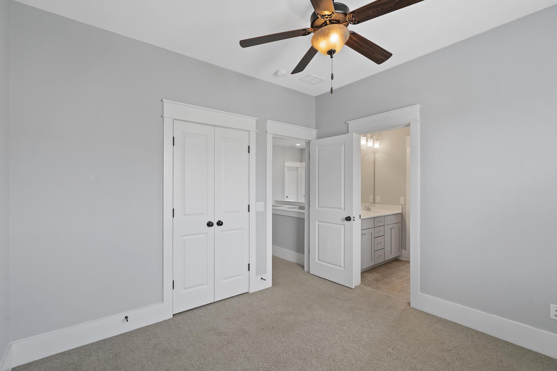 2502 Josiah Street Charleston, SC 29492