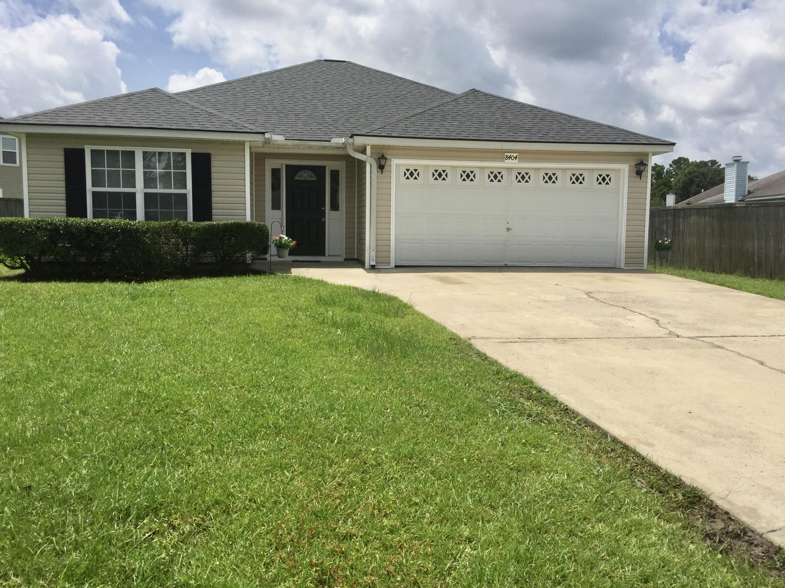 8404 Wylie Drive North Charleston, SC 29406